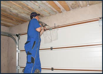 Garage Doors Store Repairs Tuckahoe, NY 914-502-1814